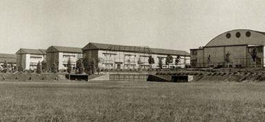 昭和42年(1967年)当時の大宮北高 校舎・体育館
